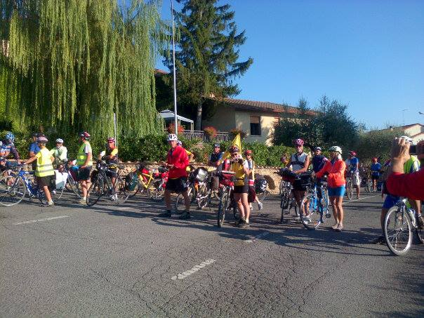 Si riparte per Arezzo...un'altra bella giornata di sole per un percorso che si preannuncia spettacolare